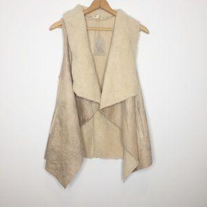 Hem & Thread cozy faux Sherpa vest draped collar